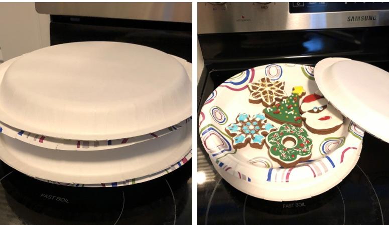 Cookies Stored Between Plates
