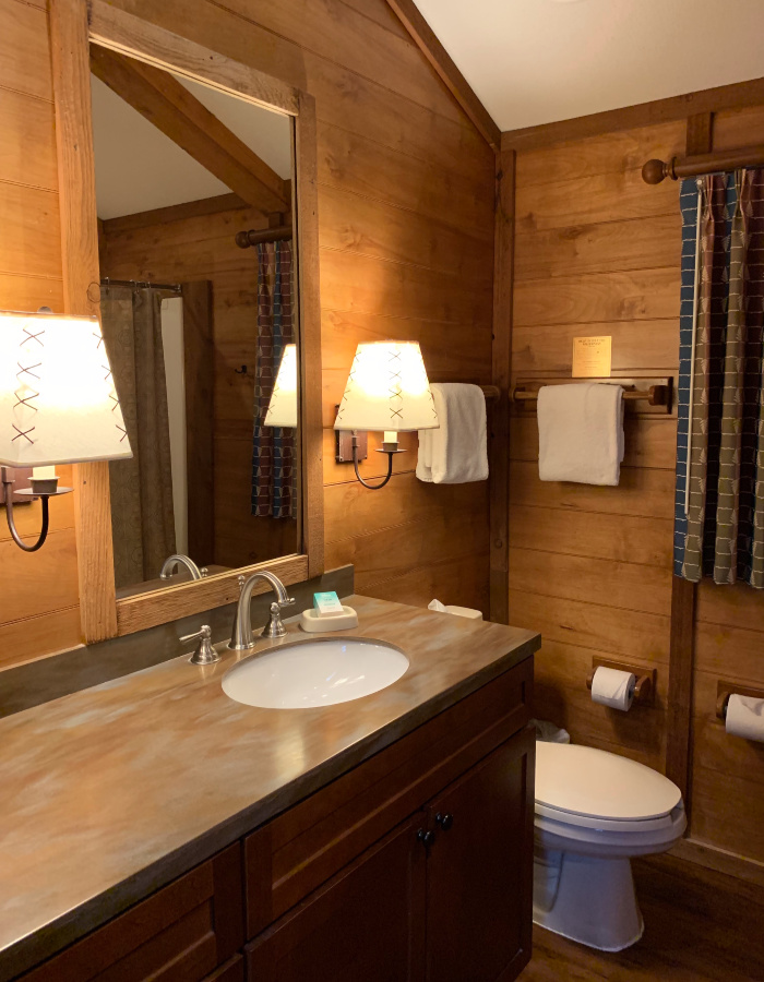 The Fort Wilderness Cabin bathroom.