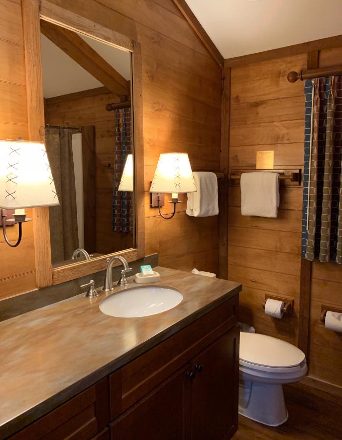 The Fort Wilderness Cabin bathroom.